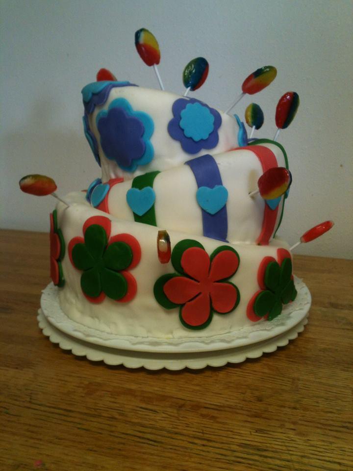 tayler cake 04